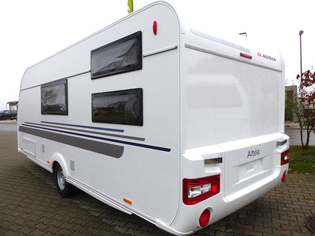 Wohnwagen Mit Etagenbett Und Mittelsitzgruppe : Avondale bianco caravan autark wohnwagen etagenbett dusche