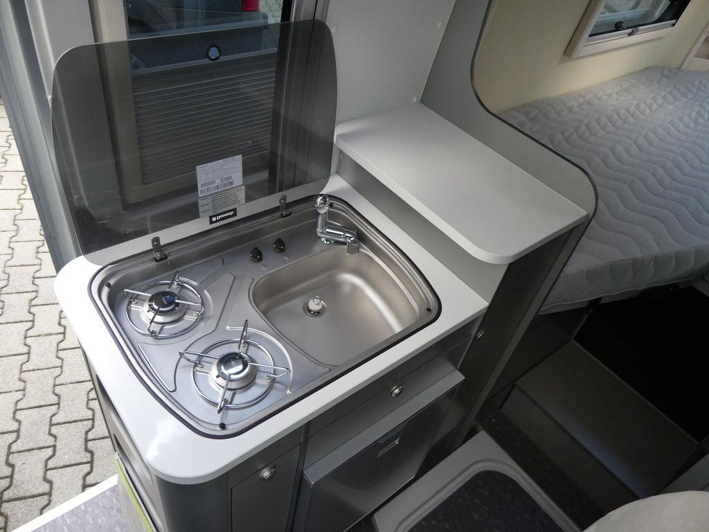 Adria Twin 600 SLT – Das Raumwunder mit Garage - Adria, Angebot ...