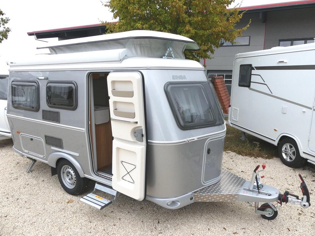 hymer eriba touring triton 430 silver ein w gele mit thule markise eriba neu verkauft. Black Bedroom Furniture Sets. Home Design Ideas